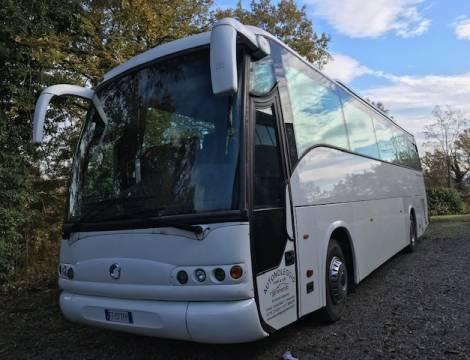 Autobus 55 posti